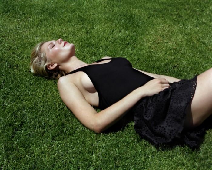 Kirsten Dunst est vraiment sublime en lingerie sexy