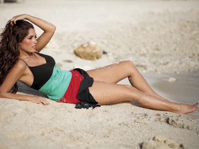 Yolanthe Cabau est vraiment magnifique en lingerie