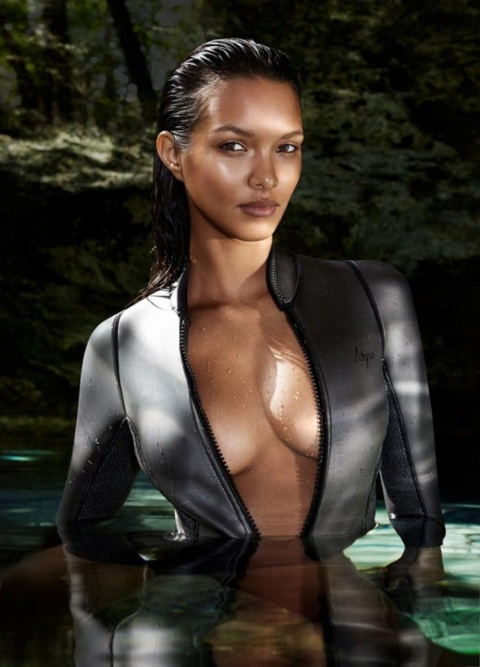 Lais Ribeiro resplendissante en maillot de bain