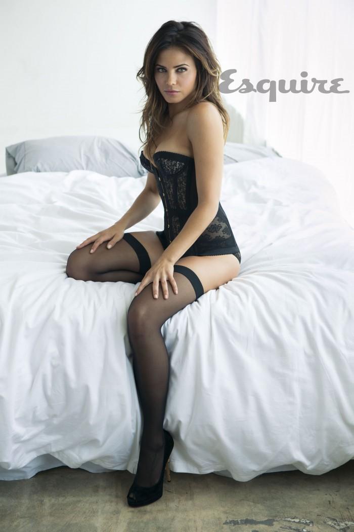 Jenna Dewan Tatum la sublime Lucy de la série Supergirl