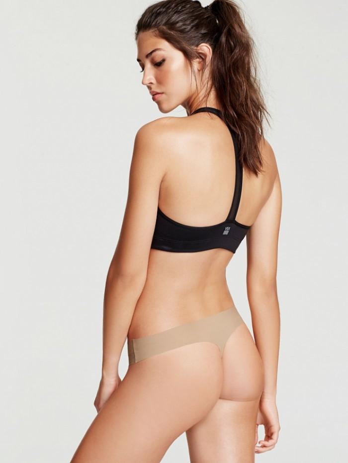 Marilhéa Peillard est sublime dans cette lingerie