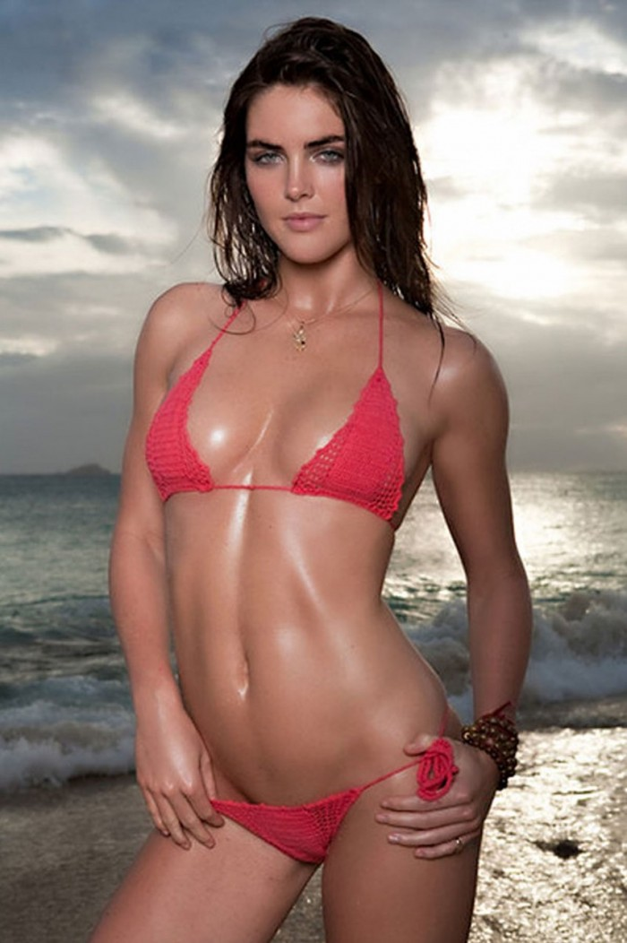 Hilary Rhoda dévoile sa plastique magnifique en bikini