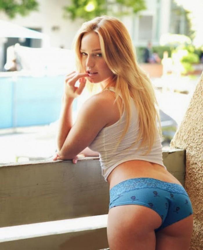 Caity Lotz la superbe Sarah Lance dans la série Arrow est vraiment hot