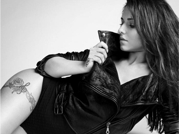 Cheryl Cole est une femme tellement sexy en lingerie