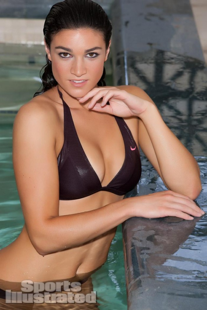 Michelle Jenneke est une athlète sublime en maillot de bain