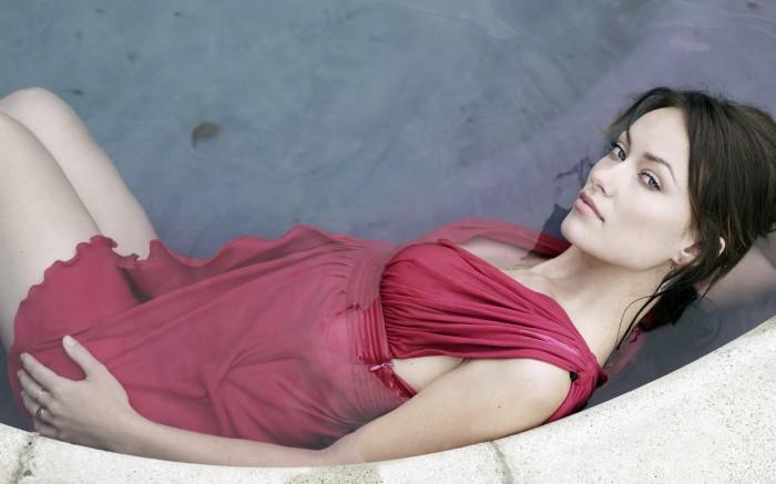 Olivia Wilde (Dr House) sexy en lingerie et maillot de bain