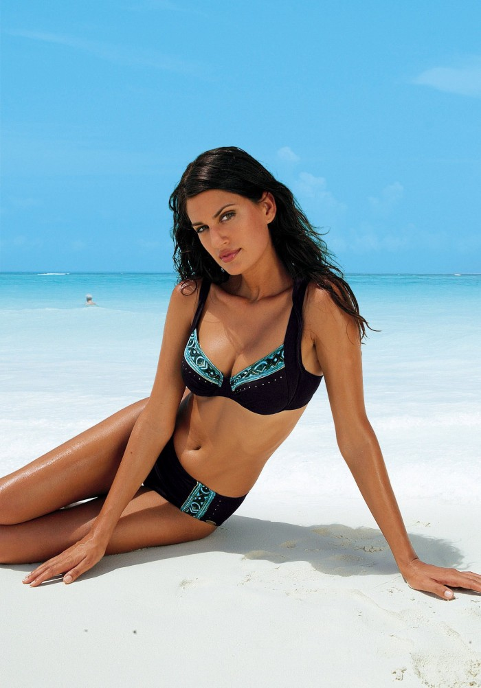 Yamila Díaz est splendide en maillot de bain
