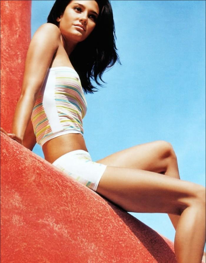 Emma Heming dévoile son corps dans une lingerie torride