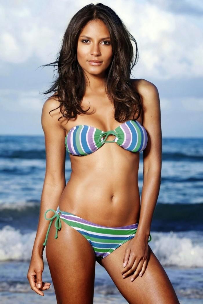 Liya Kebede dévoile ses superbes courbes en lingerie