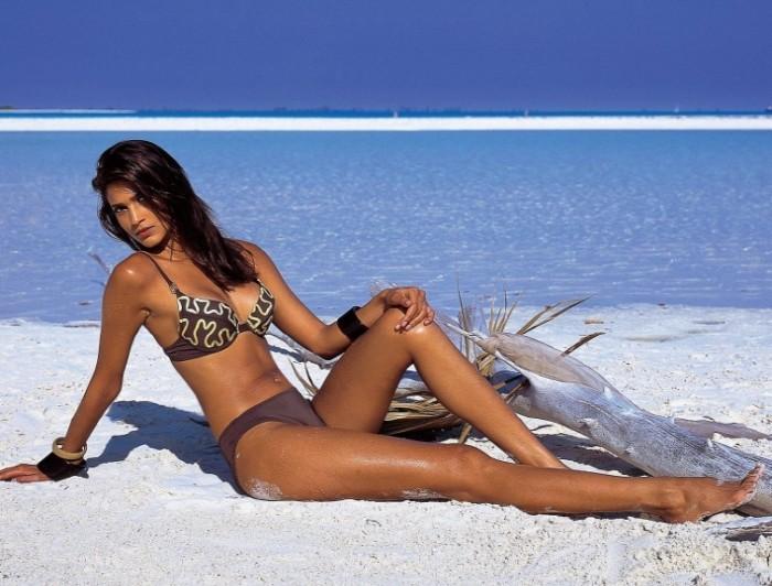 Teresa Lourenco est sublime en bikini