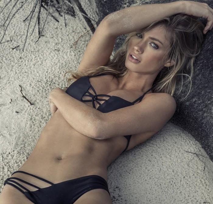 Maggie Rawlins est une vraie déesse en bikini