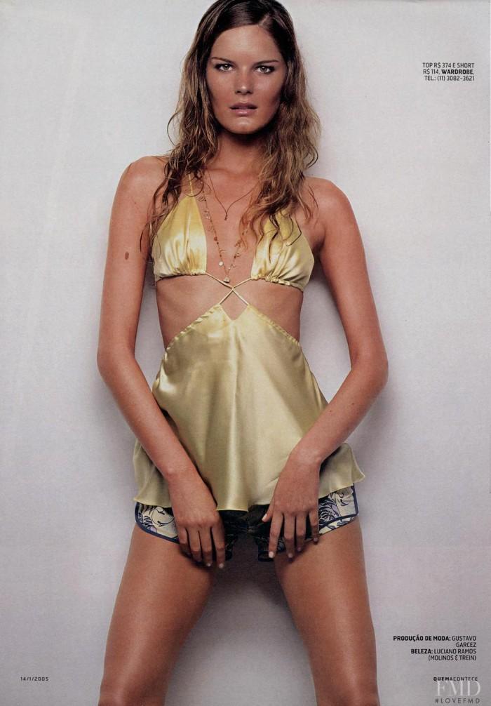 Marcelle Bittar est une femme délicieuse en lingerie