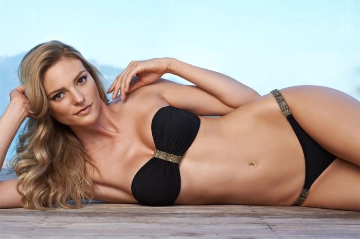 Fabiana Semprebom porte parfaitement la lingerie