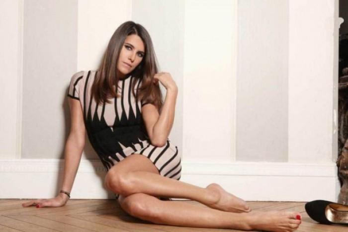 Karine Ferri est magnifique en bikini