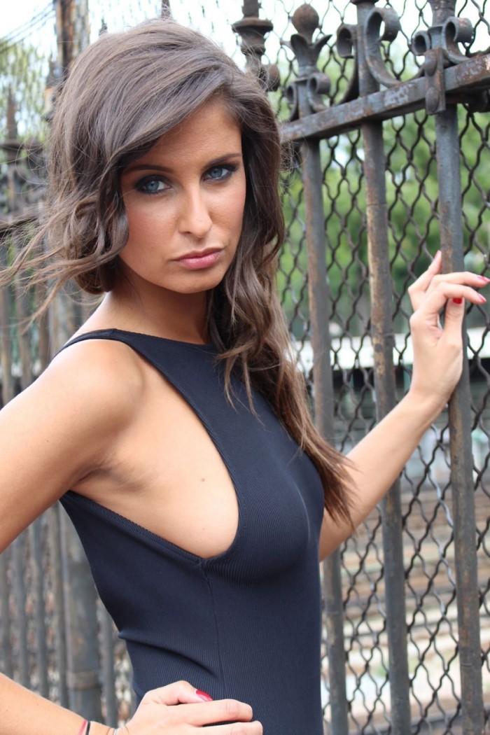Malika Ménard élue Miss France 2010 est magnifique en maillot de bain
