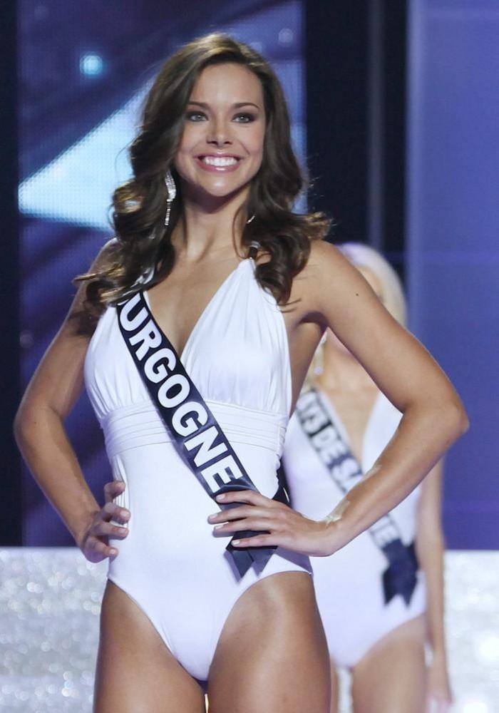 Marine Lorphelin élue Miss France 2013 est sublime en maillot