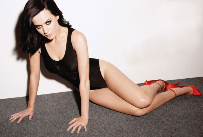 Zooey Deschanel de la série New Girl est sexy en lingerie