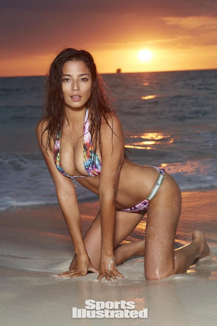 Jessica Gomes dévoile sa fabuleuse plastique en bikini
